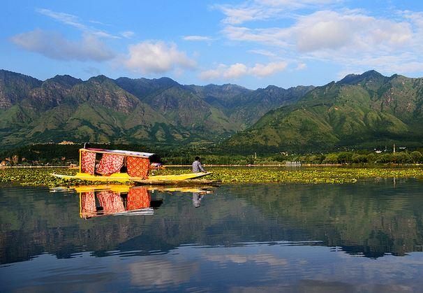 Jammu and Kashmir_Honeymoon Destinations India