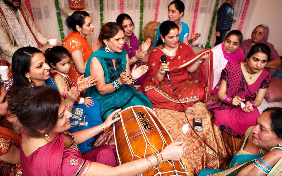 Dholki Ladies Sangeet